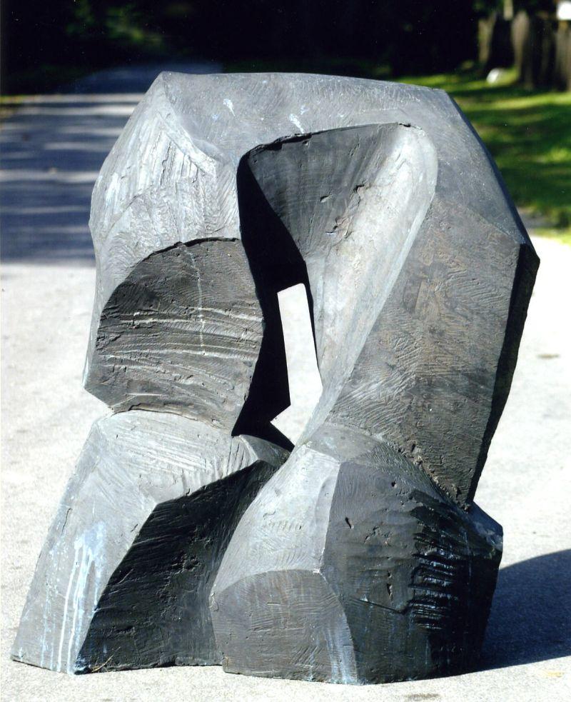 Bogen, 1996, Bronze, Höhe 120 cm